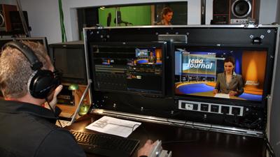 Moderatorin im JenaTV-Studio