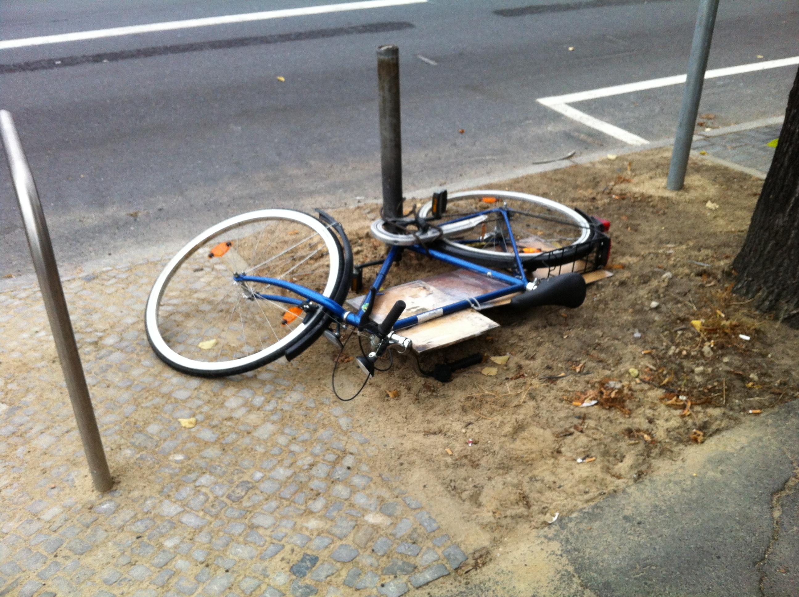 www.Fahrrad-Vollkasko.info fuer eBike ePedellec Fahrrad Mountain-Bike